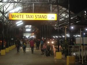 タクシー乗り場