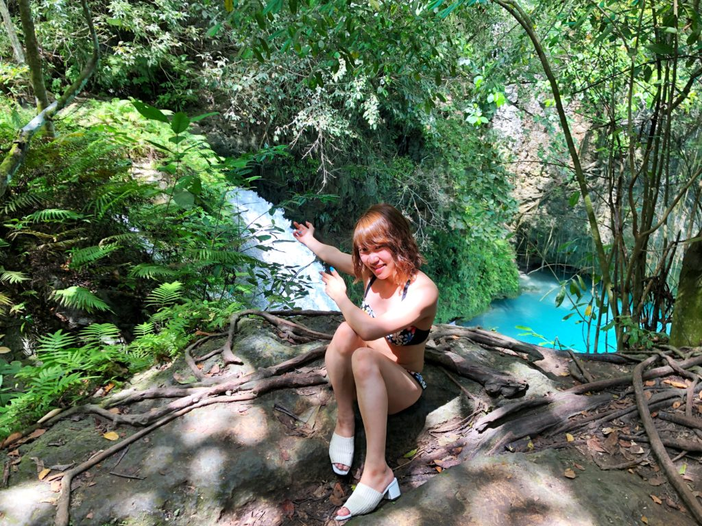 カワサンの滝